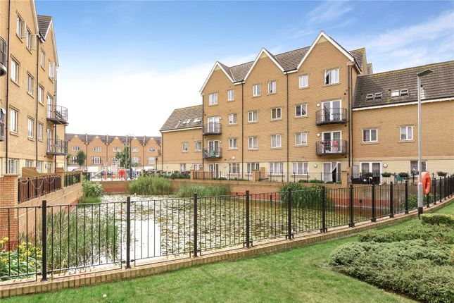 1 bed flat for sale in Centurion House, 99 Varcoe Gardens, Hayes, Middlesex