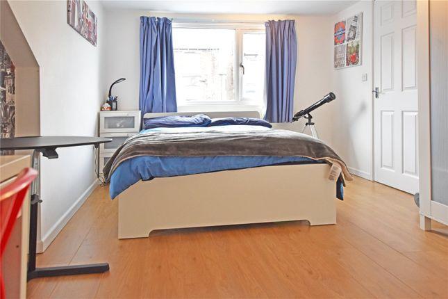 Picture No. 14 of Wide Lane, Morley, Leeds LS27