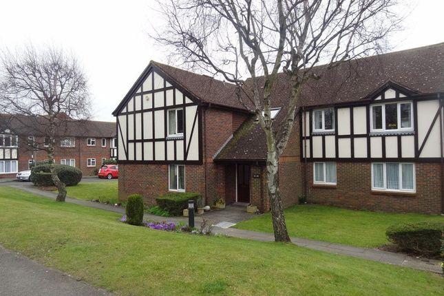 Thumbnail Flat to rent in Upper Shoreham Road, Shoreham-By-Sea