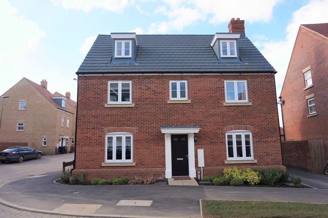 Thumbnail Detached house for sale in Shearwater Road, Apsley