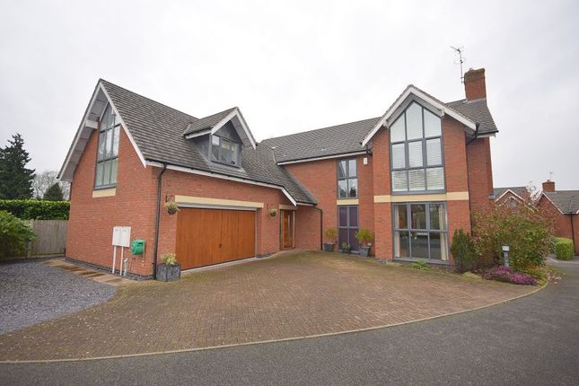 Thumbnail Detached house for sale in Sutton Lane, Etwall, Derby