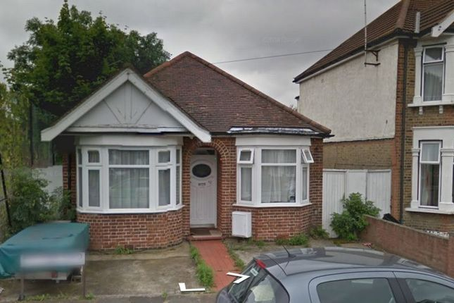 Thumbnail Bungalow for sale in Mitcham Road, Seven Kings