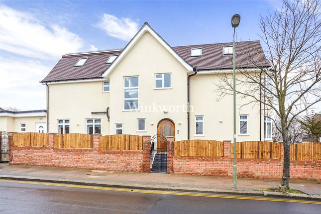 Thumbnail Detached house to rent in Hodford Road, London