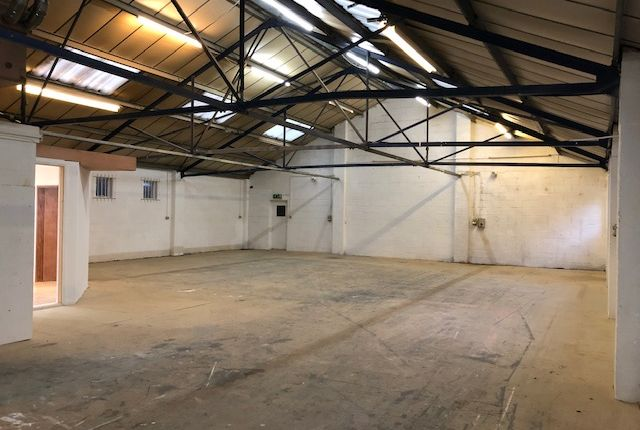 Thumbnail Light industrial to let in Reading Arch Road, Redhill