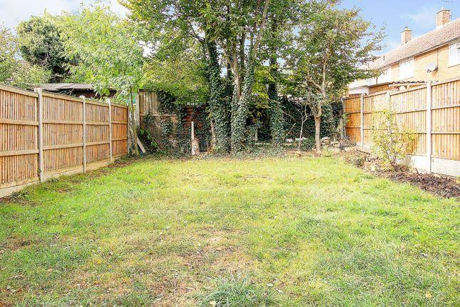 Rear Garden of Ash Tree Walk, Basildon SS14