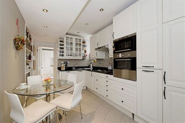 Thumbnail Flat for sale in Westbourne Street, Hyde Park, Hyde Park, London