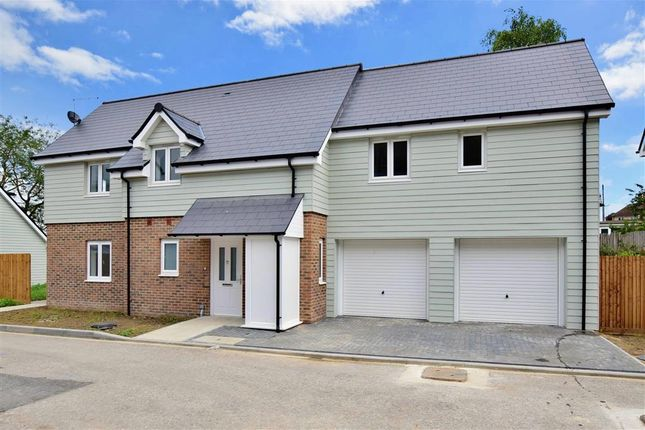 Thumbnail Terraced house for sale in Warwick Crescent, Safety Bay House, Rochester, Kent