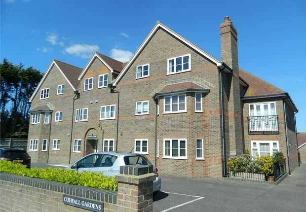 Thumbnail Flat to rent in 1 Pages Avenue, Bexhill-On-Sea, East Sussex