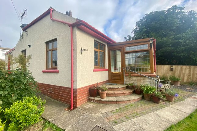 Thumbnail Bungalow for sale in Manor View Road, Lebberston, Scarborough