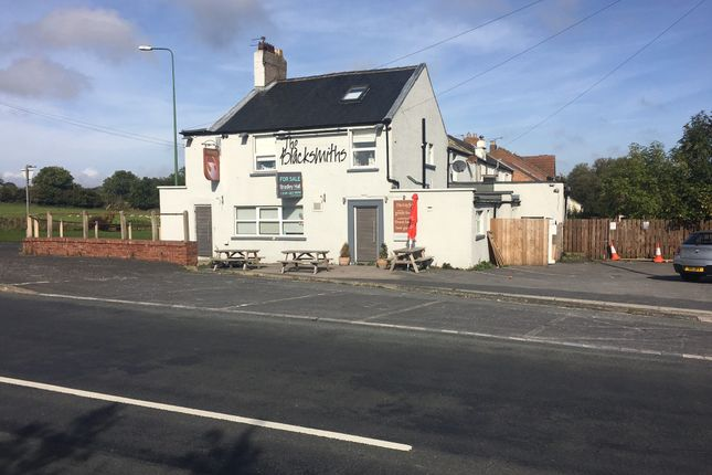 Thumbnail Hotel/guest house for sale in Station Road, Low Pittington