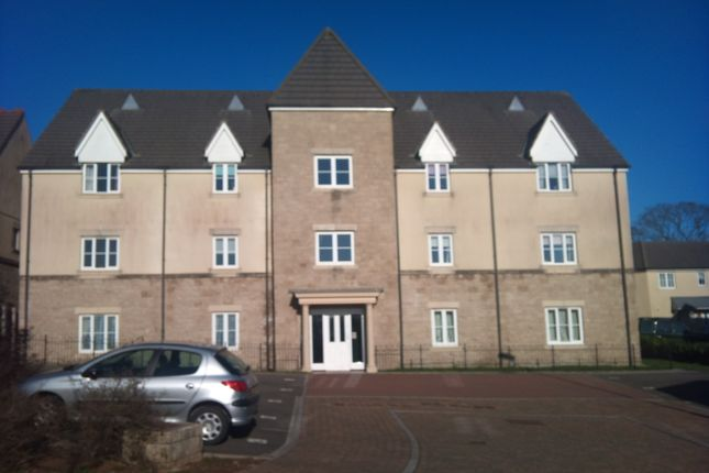 Thumbnail Flat to rent in Claytonia Close, Plymouth