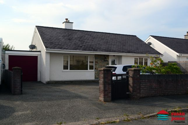 Thumbnail Detached bungalow for sale in Lon Ceredigion, Pwllheli