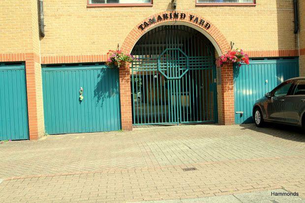 Thumbnail Property to rent in Tamarind Yard, London