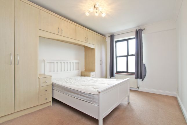 Bedroom of Copperfield Road, Mile End, London E3