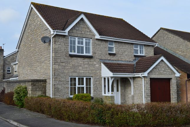 Detached house to rent in Clos Y Wiwer, Llantwit Major