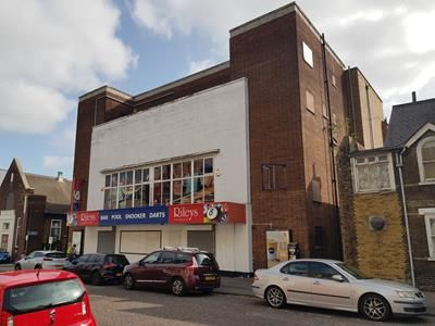 Thumbnail Retail premises for sale in 48 Green Street, Gillingham, Kent