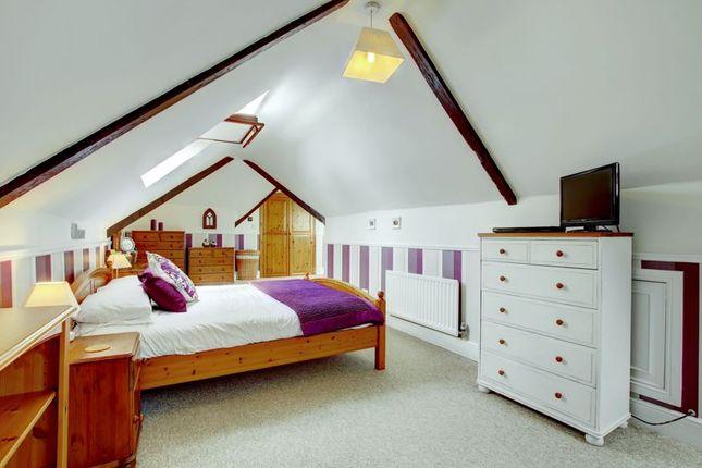Master Bedroom of Sambourne Lane, Sambourne, Redditch B96