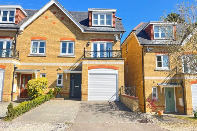 4 bed semi-detached house for sale in Bardeen Place, Bracknell, Berkshire RG12