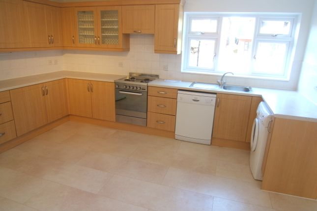 Thumbnail Detached house to rent in Gloucester Drive, Staines