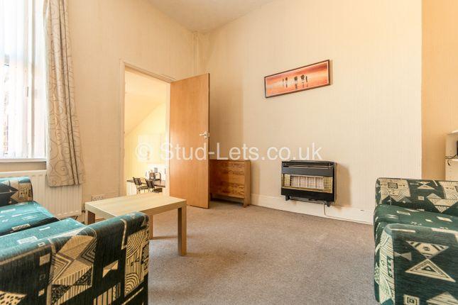 3 bed flat to rent in Gainsborough Grove, Fenham, Newcastle Upon Tyne NE4