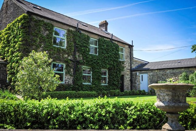 Thumbnail Hotel/guest house for sale in Constable Burton, Leyburn