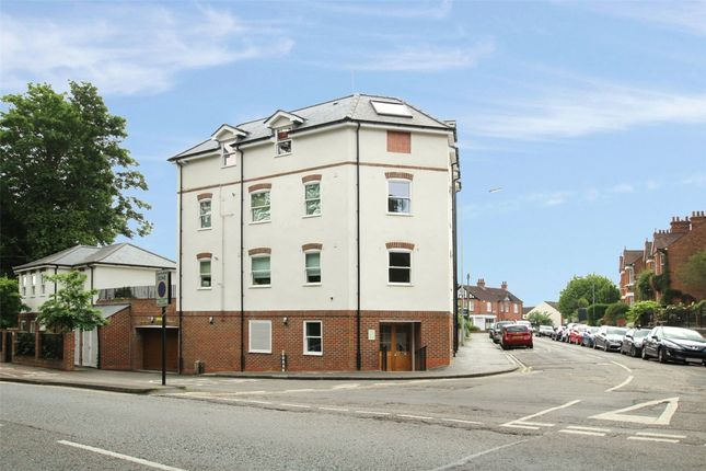 1 bed flat to rent in Approach Road, St.Albans AL1