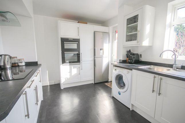 3 bed terraced house for sale in Great Elms Road, Hemel Hempstead