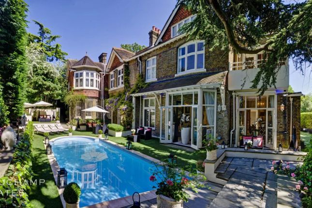 Thumbnail Town house to rent in Elmpoint, Frognal, Hampstead