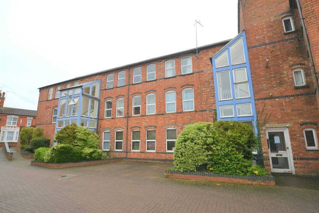 Thumbnail Flat for sale in Scarborough Street, Irthlingborough, Wellingborough