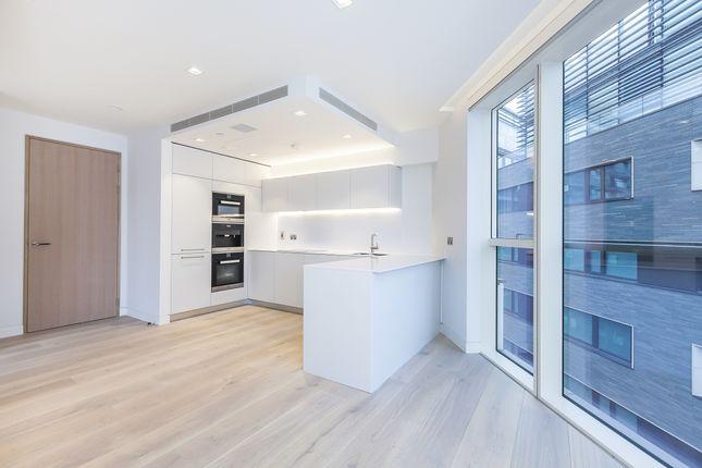 Thumbnail Flat to rent in Duchess Walk, London