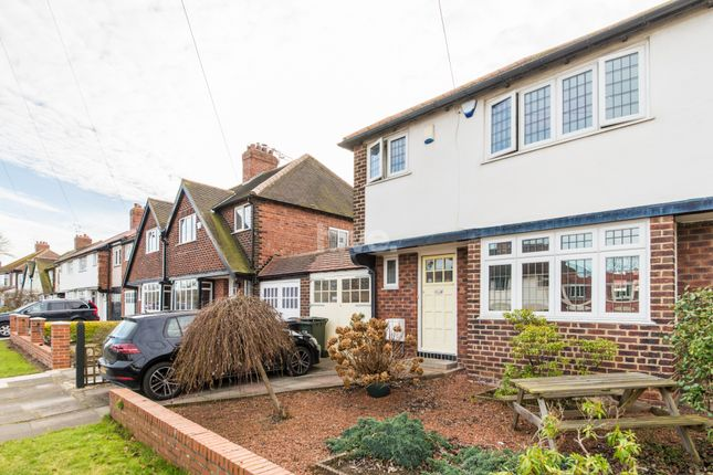 Thumbnail Semi-detached house to rent in Hartley Avenue, Monkseaton, Whitley Bay