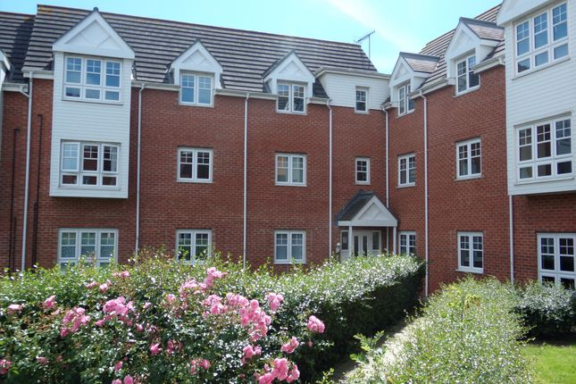 Thumbnail Flat for sale in Lauder Way, Gateshead