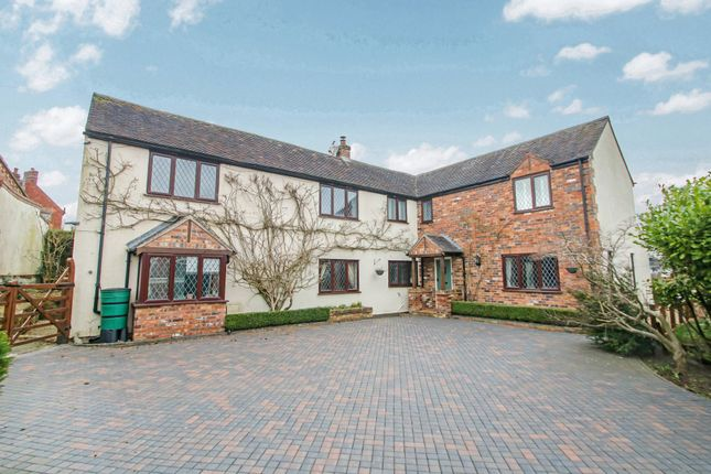 Thumbnail Detached house for sale in The Common, Grendon, Atherstone