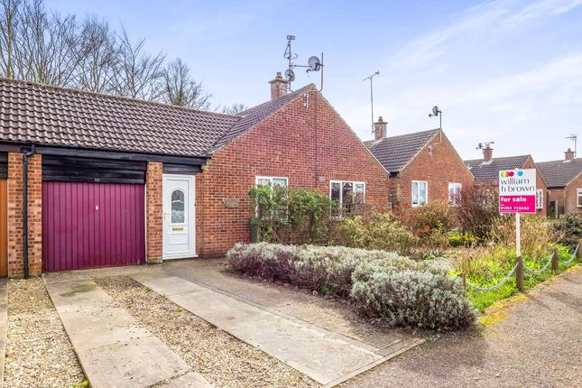 Thumbnail Bungalow for sale in Arnott Road, Holt