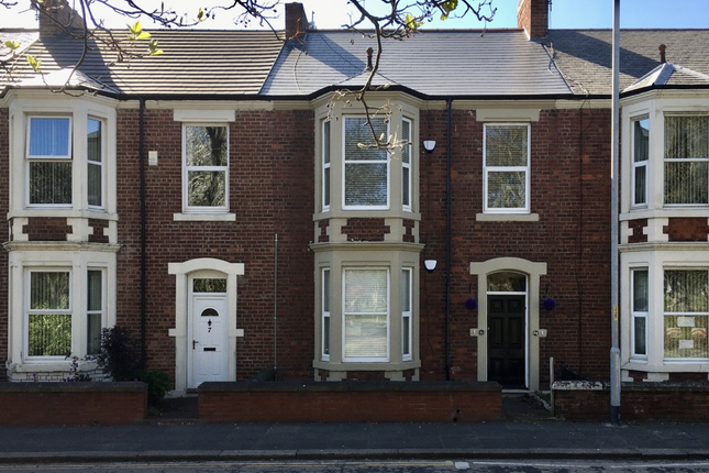 Thumbnail Flat for sale in Belgrave Crescent, Blyth