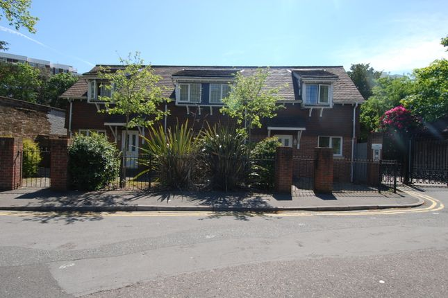 Thumbnail Flat for sale in Grove Road, Bournemouth