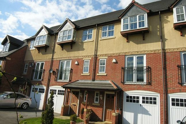 Thumbnail 3 bedroom town house to rent in Hudson Way, Radcliffe-On-Trent, Nottinghamshire