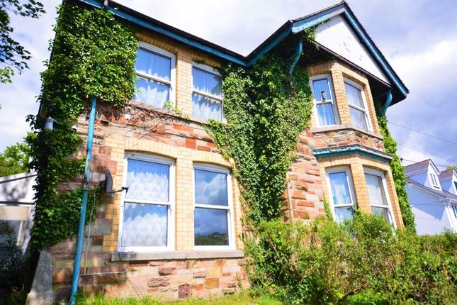 Thumbnail Flat to rent in Flat 3, Grumpy, 17 Berrycoombe Road, Bodmin