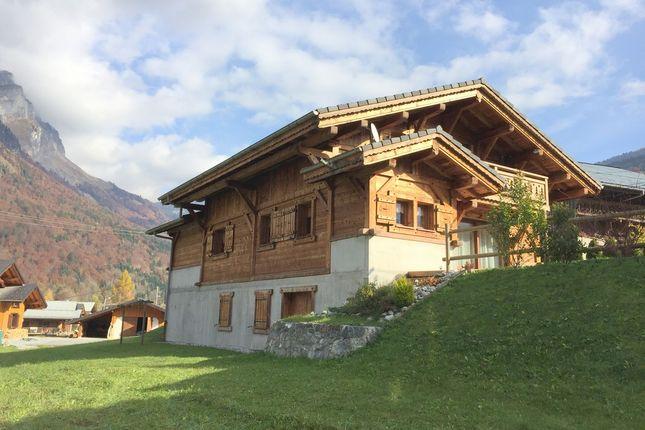 Thumbnail Chalet for sale in Le Fay, Sixt-Fer-À-Cheval, Samoëns, Bonneville, Haute-Savoie, Rhône-Alpes, France