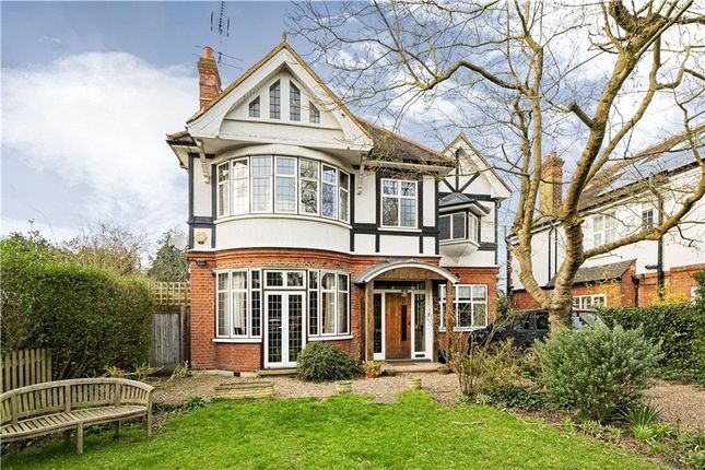 Thumbnail Property for sale in Vine Road, Barnes, London