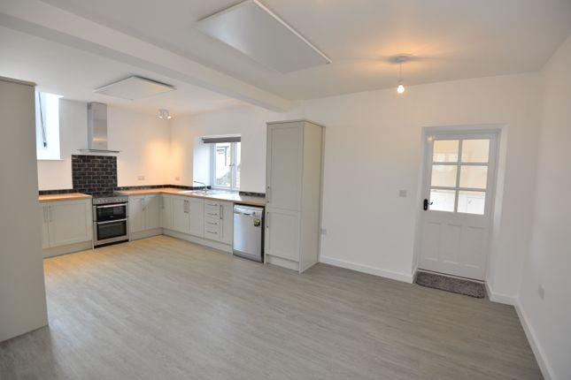 Thumbnail Detached house to rent in High Street, Charlton On Otmoor