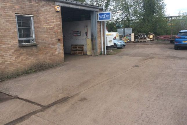 Thumbnail Parking/garage for sale in Alton Road Industrial Estate, Ross-On-Wye