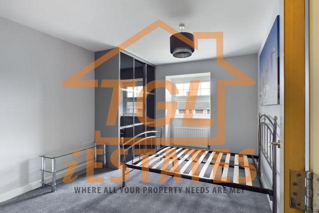 Thumbnail Flat to rent in Green Lane, Morden