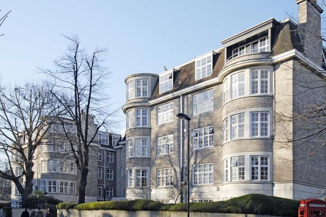 Thumbnail Flat for sale in Porchester Gardens, Bayswater