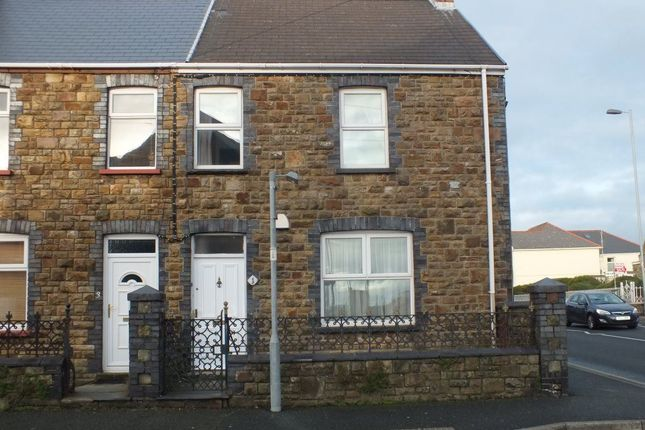 Thumbnail Semi-detached house to rent in Warwick Road, Milford Haven, Pembrokeshire