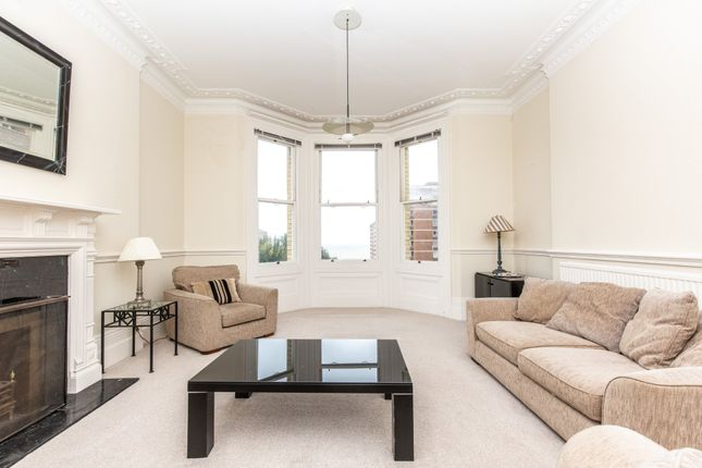 Thumbnail Flat for sale in Grand Avenue, Hove
