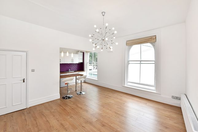 Thumbnail Flat to rent in Lauriston Road, Hackney