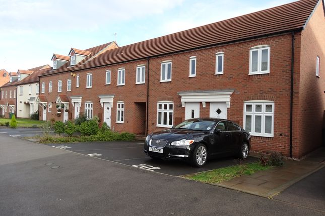 2 bed end terrace house to rent in Wharf Lane, Solihull