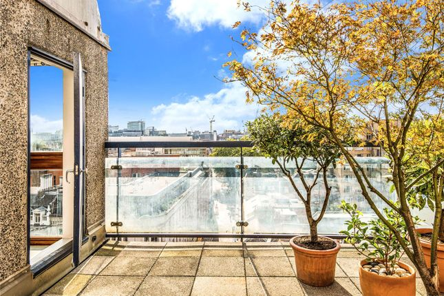 Thumbnail Flat for sale in John Trundle Court, Barbican, London