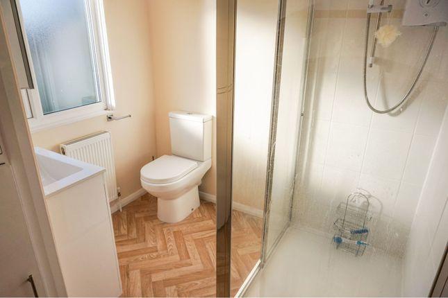 Shower Room of Glenfield Road, Western Park LE3